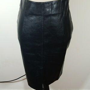 Dresses & Skirts - FAUX LEATHER PENCIL BLACK SKIRT💥
